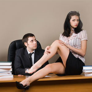 How to make office romance at work: 10 tips
